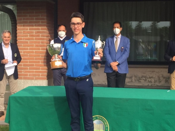 Marco Florioli, nostro studente del Liceo Sportivo, è Campione Italiano Golf Under 18!